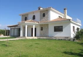 Luxury 6 bedroom villa in Emba