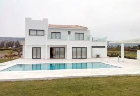 Luxury Modern villa for rent