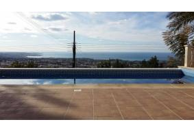 4 bedroom villa for rent in Peyia with amazing view
