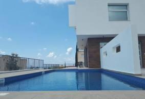 3 bedroom detached modern villa in Chloraka close to the sea