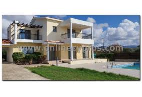 Unfurnished villa for long term rent