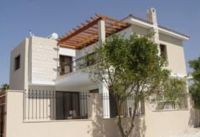 Stunning 3 bedroom villa in with nice views