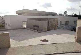 4 bedroom detached modern house in Peyia