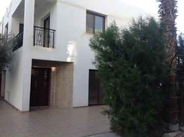 New 3 bedroom maisonette in Yeroskipou