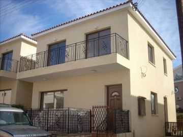 3 bed Unfurnished maisonete in Tala