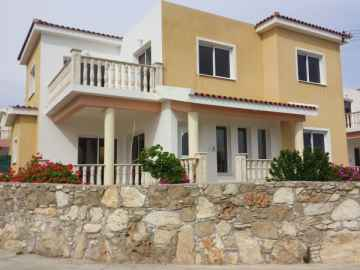 4 bed detached house in Mesoyi