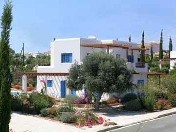 fully furnished villa in Sea caves for rent