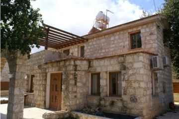 Unique Stone House in Polemi for rent