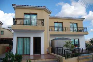 3 bedroom Spacious house in Pano Paphos