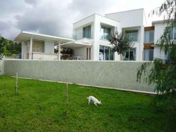Modern Luxurious 5 Bed Villa in Tala