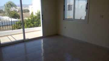 5 bedroom unfurnished house for rent