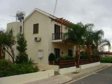4 bed villa in Empa for rent
