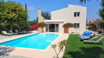 Luxury 6 bed Furnished Villa in Tala