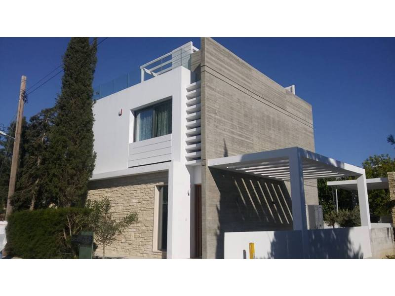 Modern villa for rent in Kato Paphos