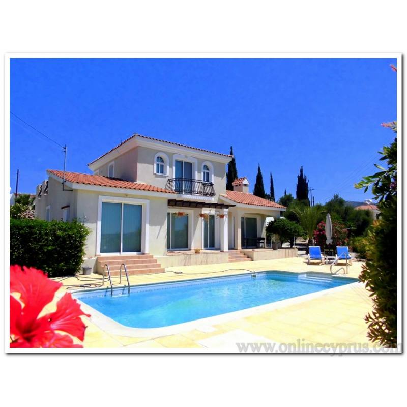 Unfurnished villa in Peyia for long term rentals with pool