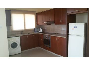 2 bed apartment for long term rental in Kissonerga
