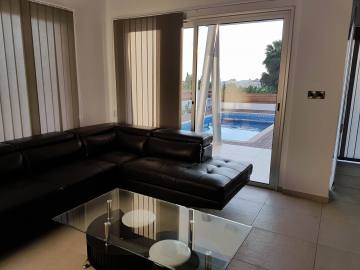 Modern 3 bedroom furnished villa