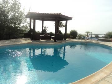 4 bedroom villa with amazing view