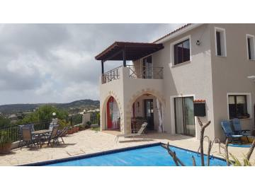 Furnished villa in Tsada with amazing view