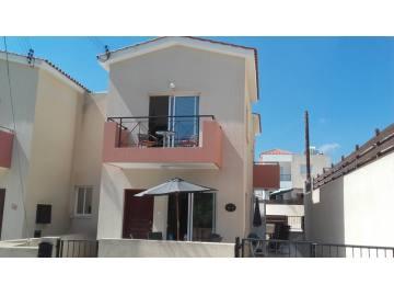 2 bedroom property for sale in Konia