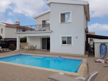 Paphos Long Term Rentals