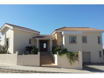 5 bedroom luxury house for rent in Se Caves with views