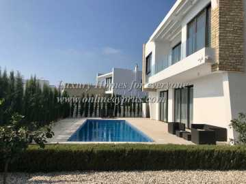 Luxury 4 bedroom villa In Saint George