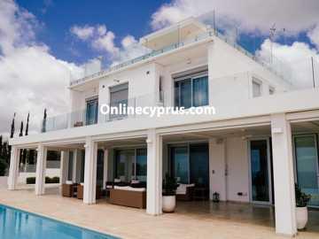 Luxury 5-Bedroom Villa in Pegeia, Paphos