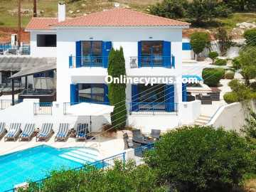 Villa 4 bed Holiday villa in Cyprus