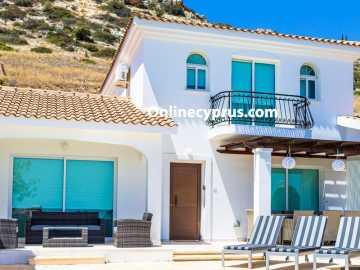 Secluded 4 bed villa in upper Peyia