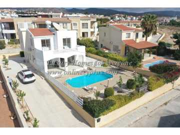 Villa for long term rent in Peyia