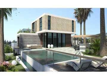 Modern villa in quiet location