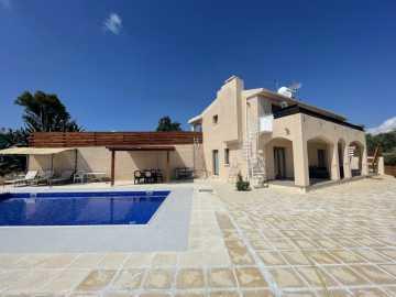 Villa in Tsada for long term rent