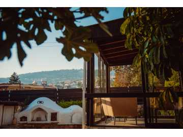 3 bed house in Peyia