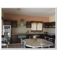 4 bed detached house for long term rent