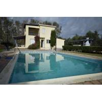 5 bed furnished villa in Sea caves