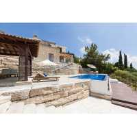 Luxury 4 bed villa in Aphrodite Hills