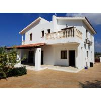 4 bed villa furnished in Saint George